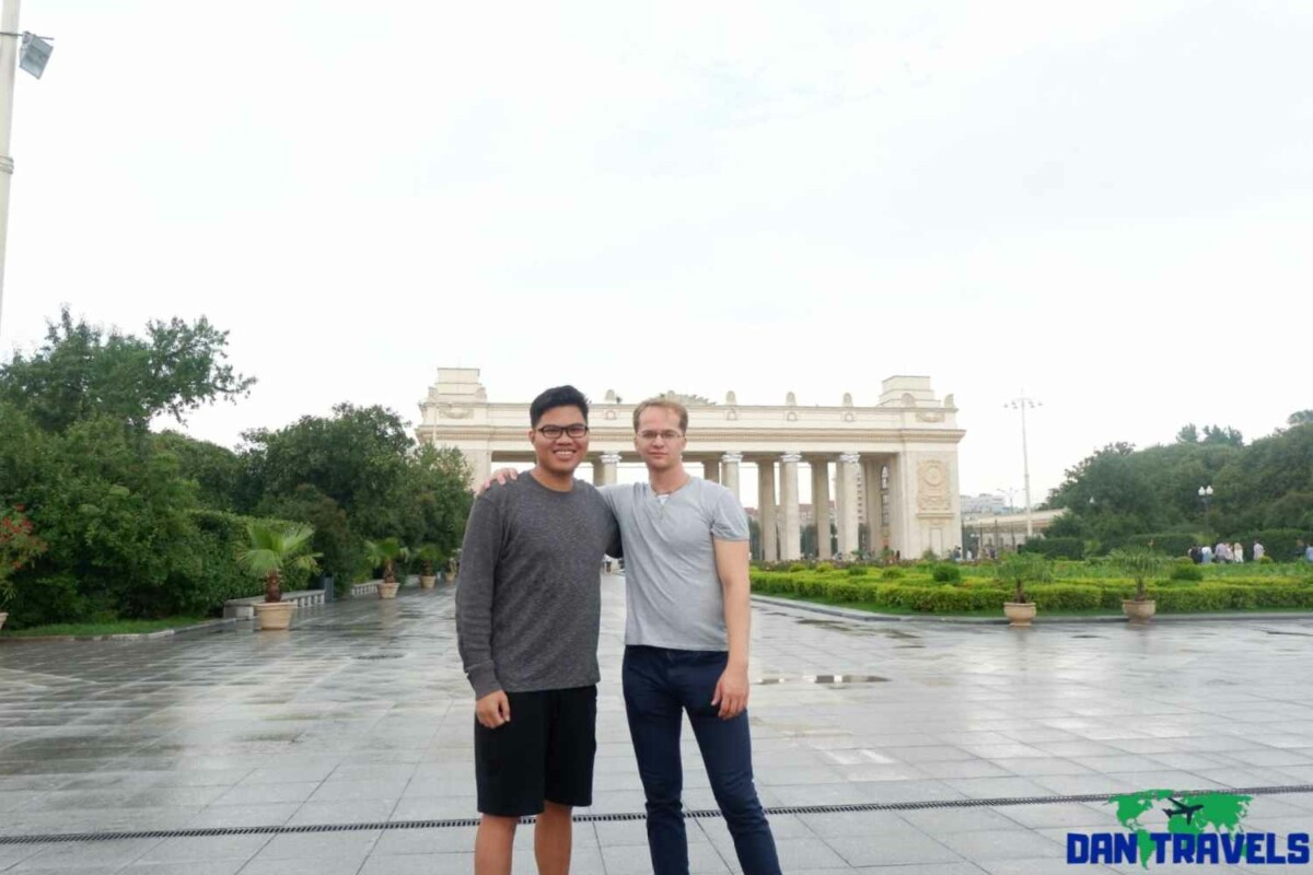 Russia Itinerary. Day 2: At VDNKh with my good friend Valeriy | Dantravels.org