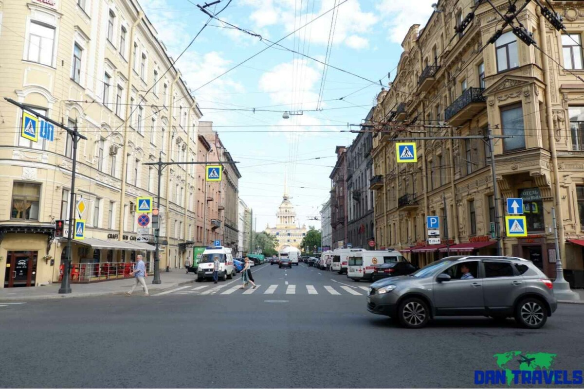 Day 4: Beautiful buiding architecture in St. Petersburg | Dantravels.org