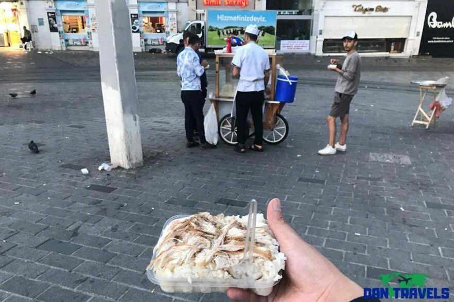 Nohutlu Pilav in Istanbul Turkey itinerary