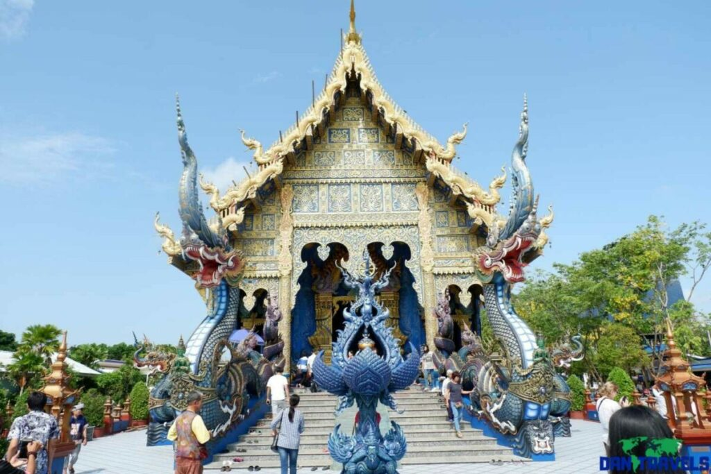 Blue temple - 1-day chiang rai itinerary