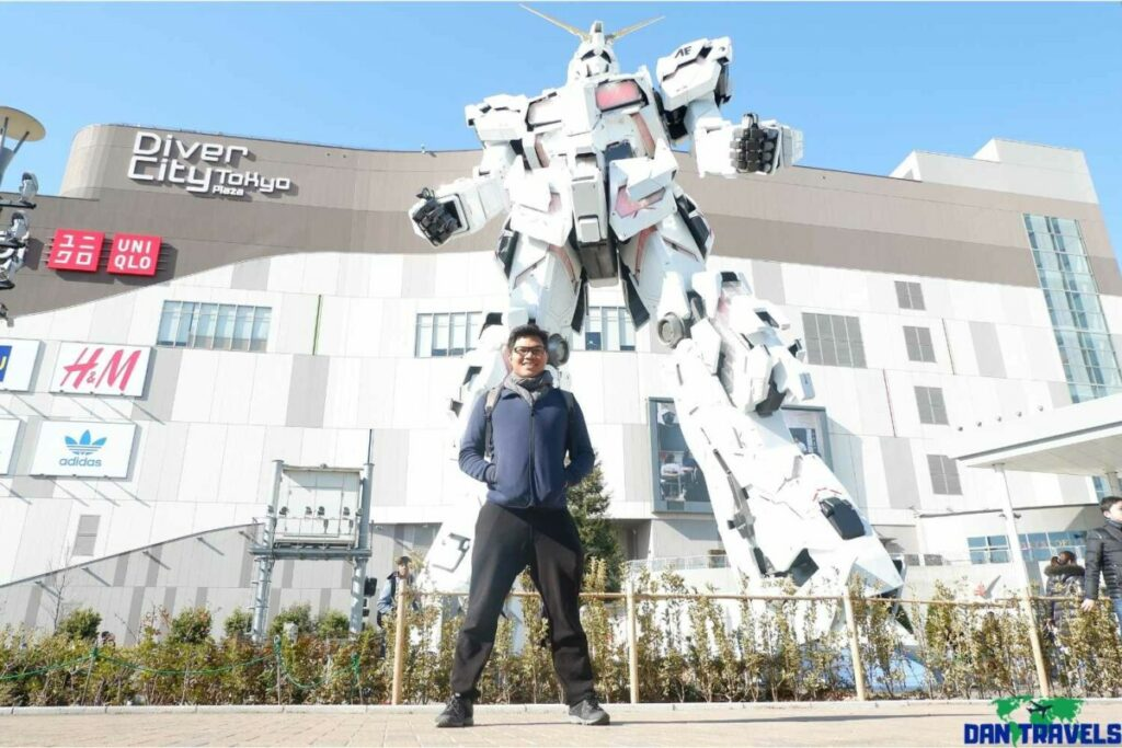 The Gundam Statue | Dantravels.org