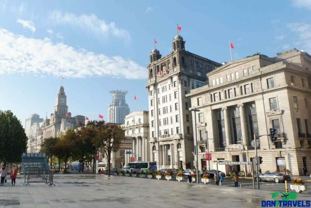 Some classical architecture near The Bund - Shanghai itinerary