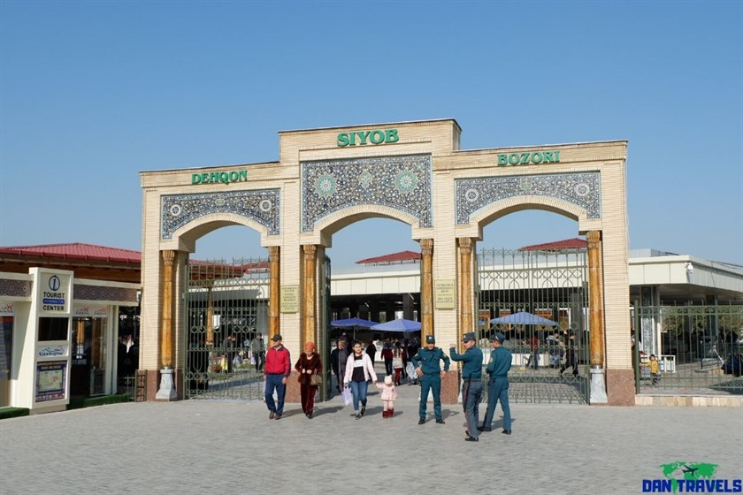 Siyob Bazaar on my Samarkand itinerary