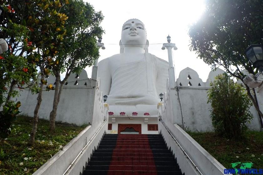 Vahirawakanda Buddha Temple