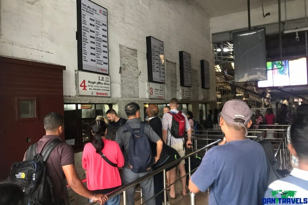 Colombo Fort train ticket line
