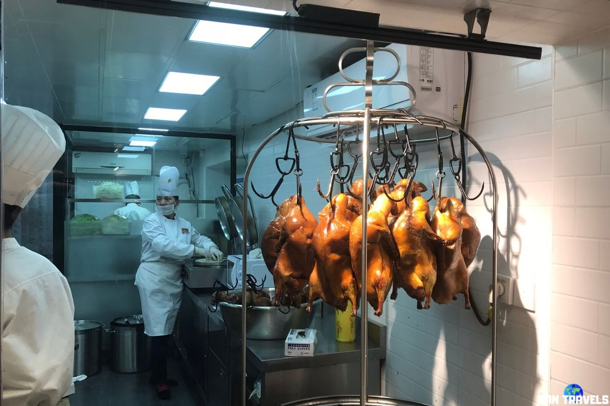Day 5: The famous Peking Roast Duck at Nanluo St.