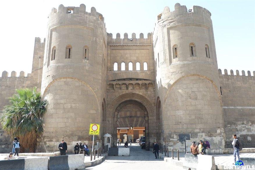 Day 3: Bab Al-Futuh.
