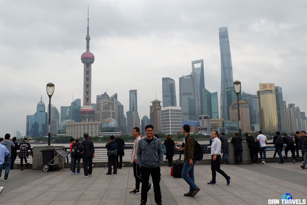 The Bund and the impressive skyline of Shanghai | Dantravels.org