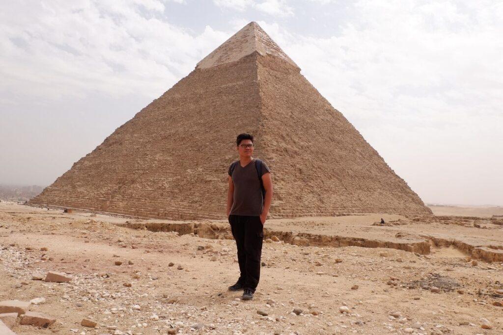 Filipino solo backpacker in Giza Pyramids, Egypt
